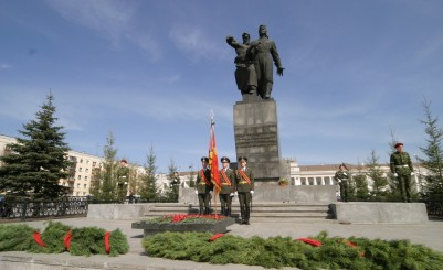 The monument of the Ural volunteer tank corps